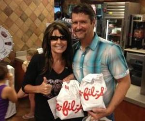 Sarah Palin and husband Todd were apparently feeling snacky in Texas.