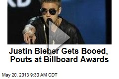 Justin Bieber Gets Booed, Pouts at Billboard Awards